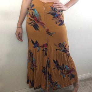 Dresses & Skirts - SALE🌹 Mustard Maxi Skirt